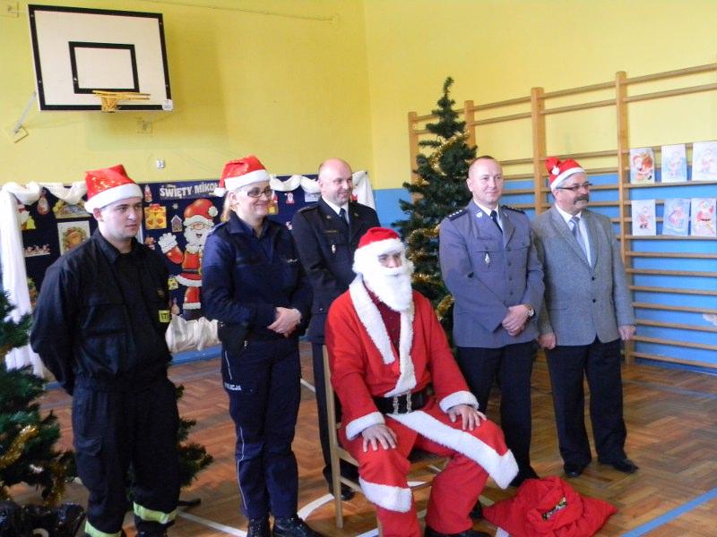 Wizyta św.Mikołaja u najmłodszych